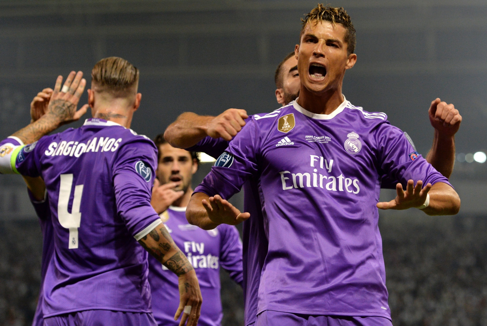 Christiano Ronaldo seks gejowski miley cyrus ciasne cipki