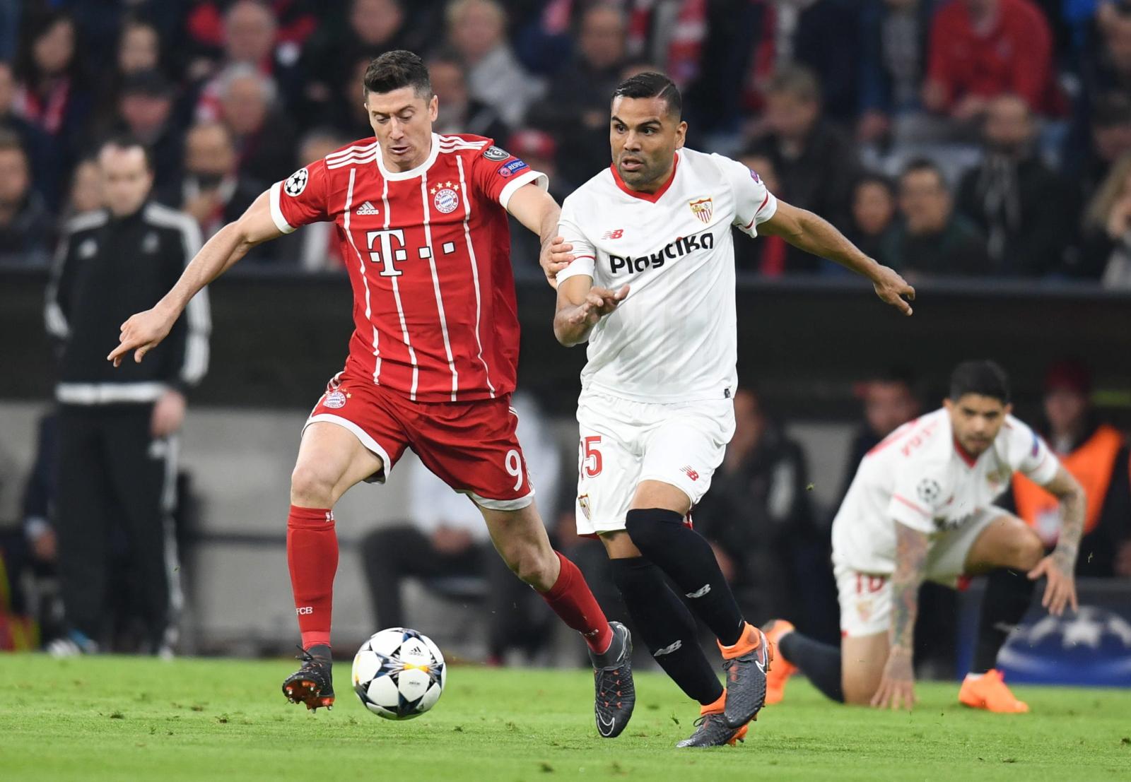 7cd945ed0 Bayern rozpoczął środowe spotkanie w niemal najmocniejszym składzie. W  kadrze miejscowych zabrakło jedynie Davida Alaby oraz Arturo Vidala.