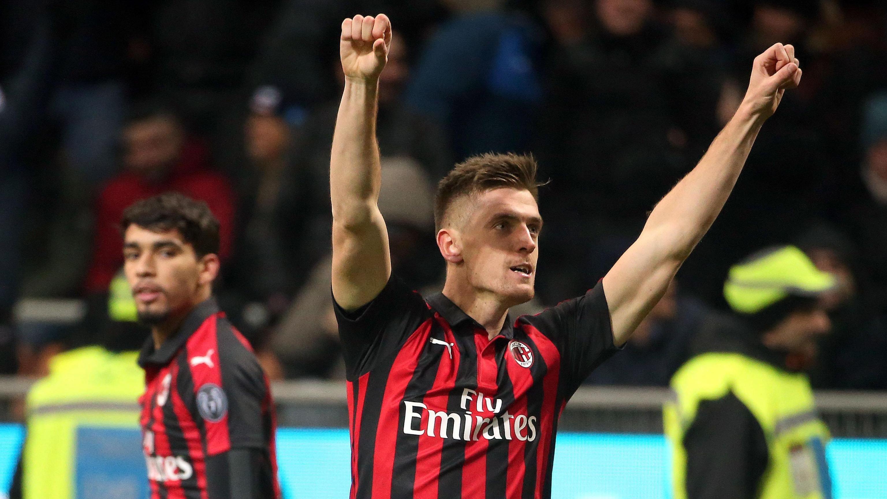 f59c96c2a Krzysztof Piątek już strzela dla AC Milan! Zobacz jego gole w meczu z  Napoli - WP SportoweFakty