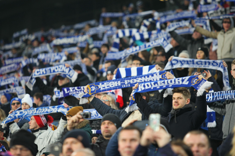 Świeże Lech - Legia: ponad 25 tys. rozprowadzonych biletów - WP SportoweFakty CE76