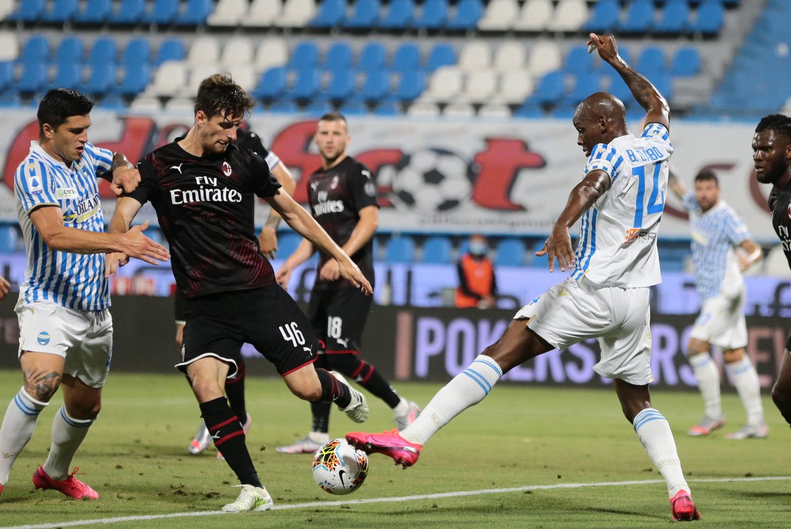 Serie A: AC Milan cudem zremisował. Bartłomiej Drągowski przeżył ponury wieczór - Sport WP SportoweFakty