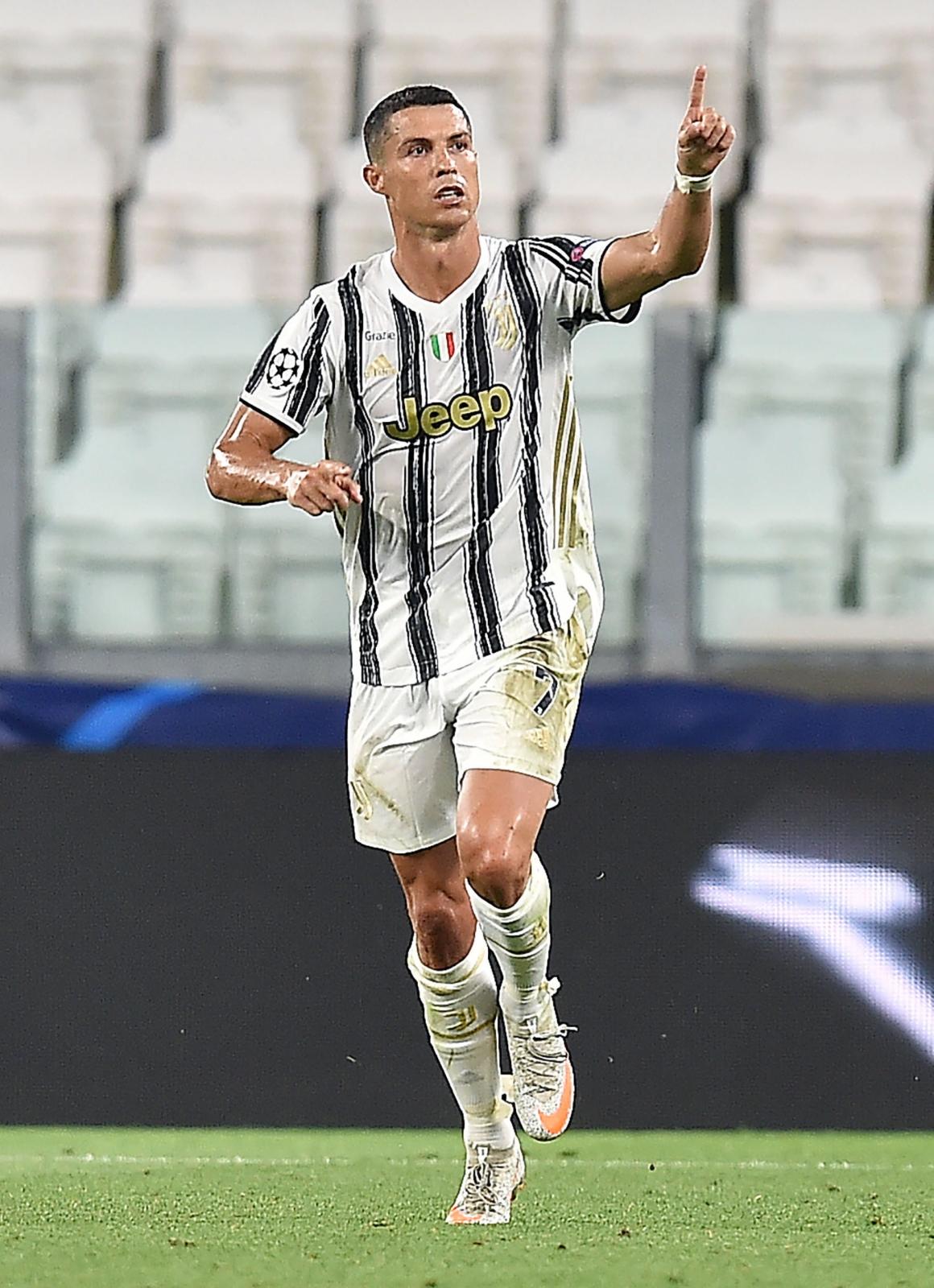 Liga Mistrzów. Klasyfikacja strzelców. Cristiano Ronaldo rzucił się w pogoń za Robertem Lewandowskim - Sport WP SportoweFakty